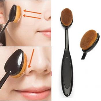 Oval Make Up Brush
